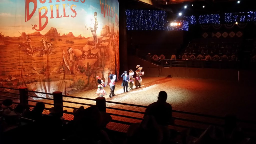 La cena spettacolo di Buffalo Bill al Disney Village
