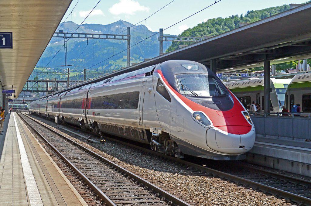 un treno Intercity