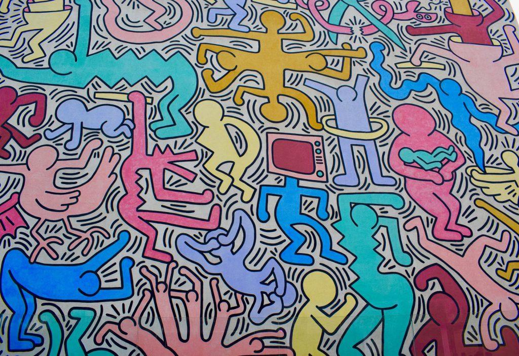 Cosa vedere a Pisa in un giorno: il murales Tuttomondo di Keith Haring