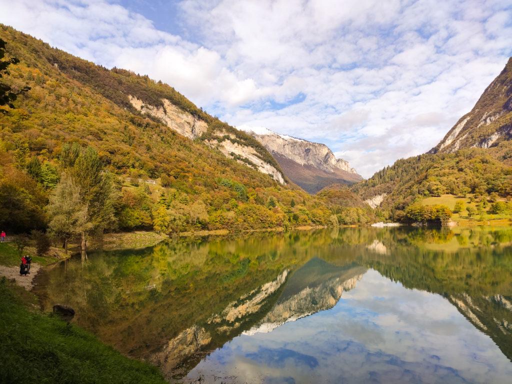 Cosa vedere nei dintorni di Riva del Garda: il Lago di Tenno